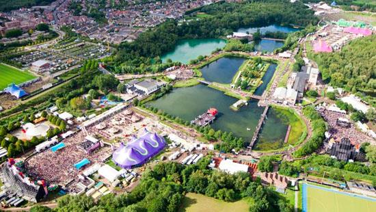 tomorrowland-music-festival-summer-2012