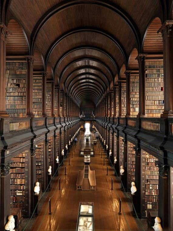 amazing-libraries-trinity-college-dublin1