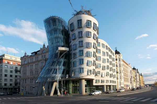 11-Dancing-Building-Prag-Cek-Cumhuriyeti