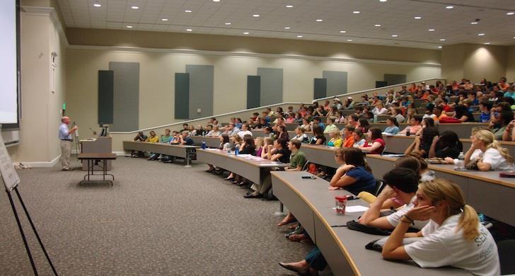 amerika üniversite sınıflar