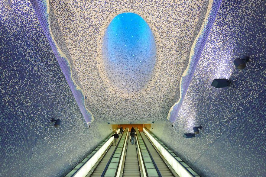 italy metro stations