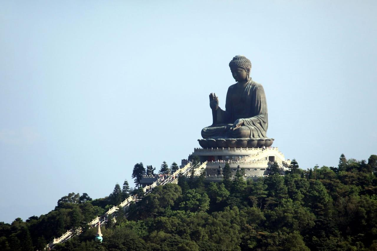 hong-kong-big-buddha-2