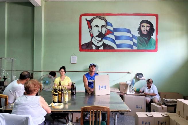 Küba Rom Üretimi