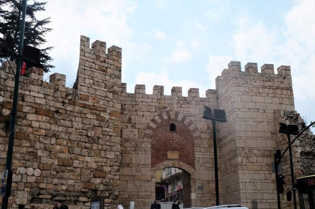 Saltanat Kapısı