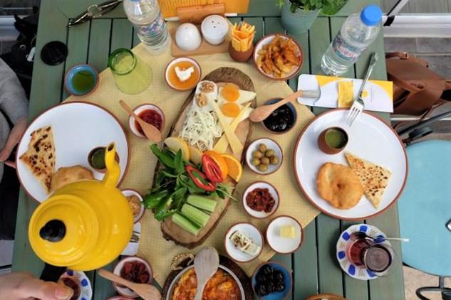 Sarı Demlik Antalya
