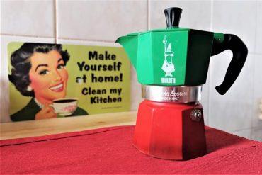 Moka Pot Kullanımı: Moka Pot Nedir & Moka Pot ile Nasıl Kahve Yapılır?