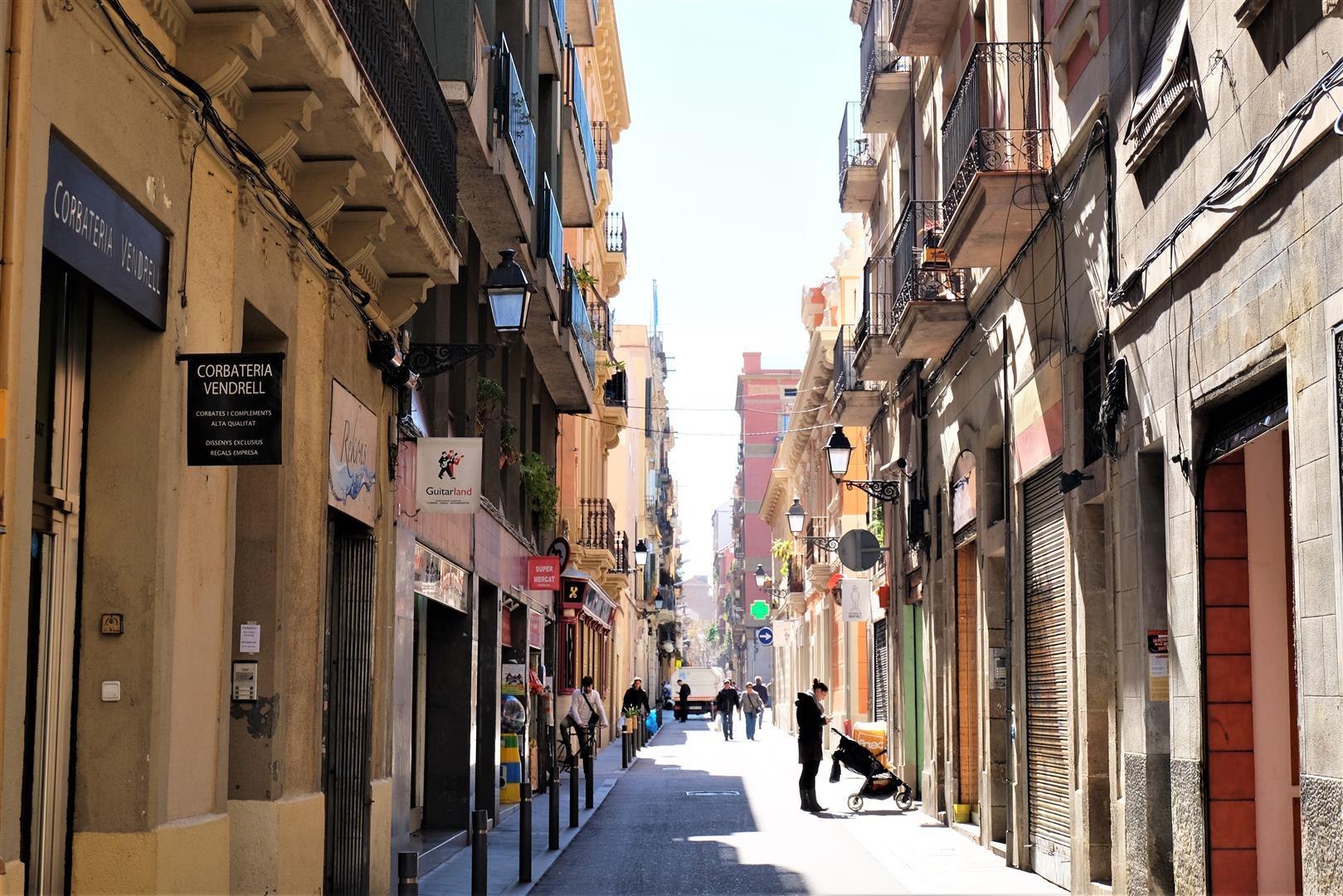 Barselona'da Yaşamak (1)