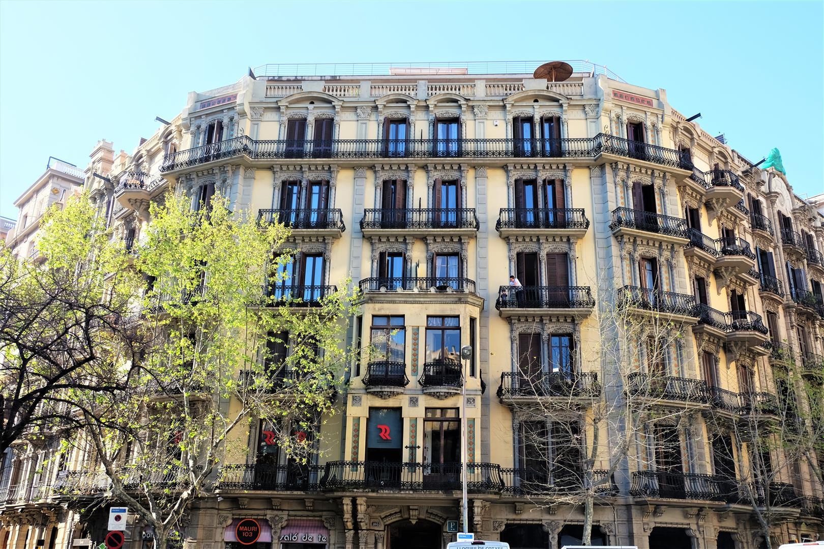 Barselona'da Yaşamak (10)