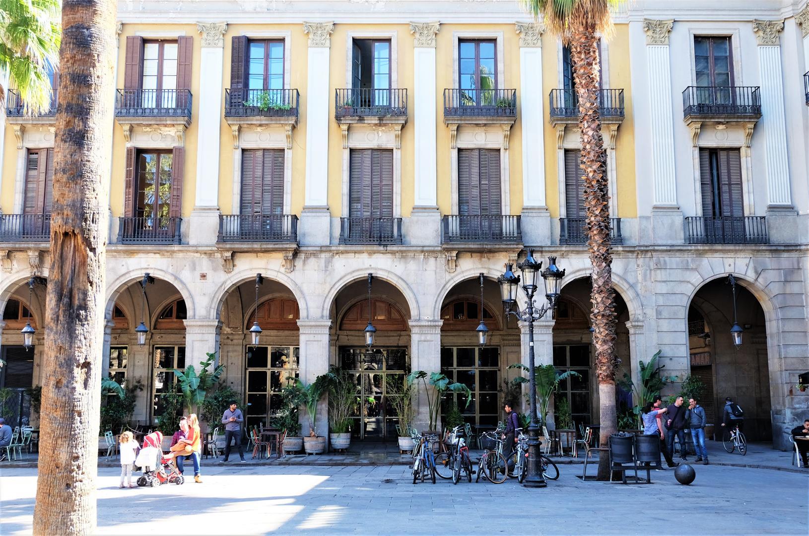 Barselona'da Yaşamak (11)